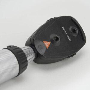 Офтальмоскоп прямой медицинский BETA 200 с рукояткой перезаряжаемой BETA 4NT